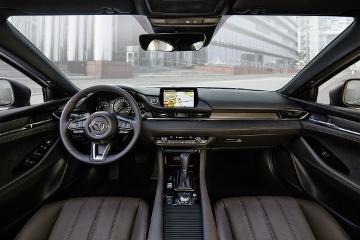 Mazda6 - Vordersitze und Amaturenbrett