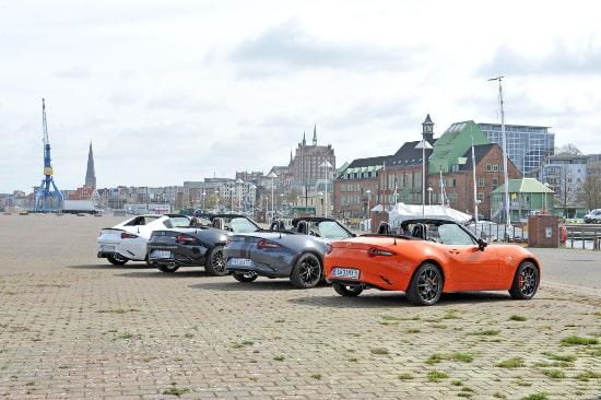 Autohaus Sachs Mazda MX5 Rostock Blick auf Stadthafen