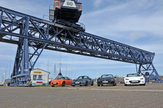 Autohaus Sachs Mazda MX5 Rostock Kran