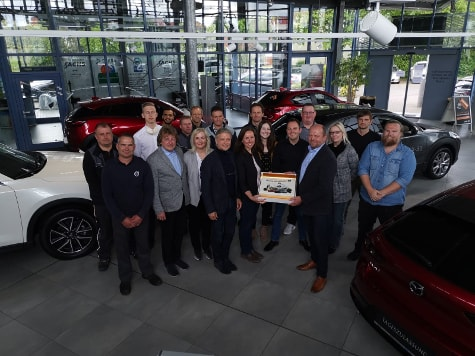 Autohaus Sachs Mazda MX5 am Inselsee Güstrow