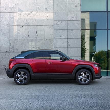 Mazda MX-30 - kontaktlose Probefahrt im Autohaus Sachs vereinbaren